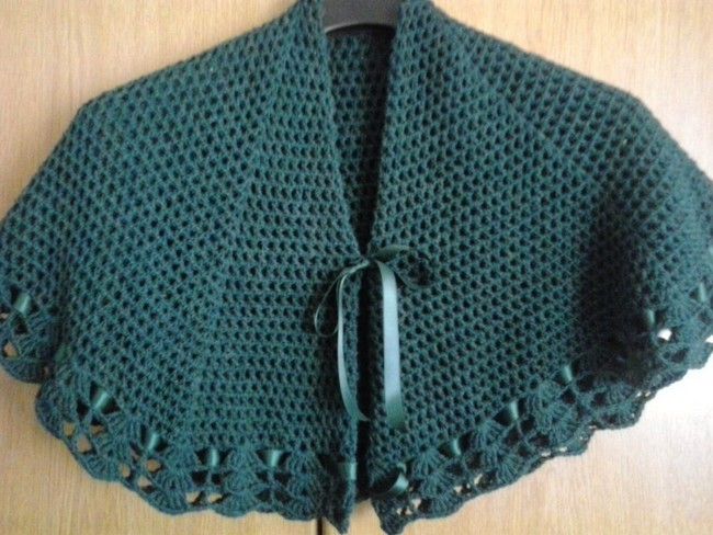 beautiful-crochet-grannys-shawl-4