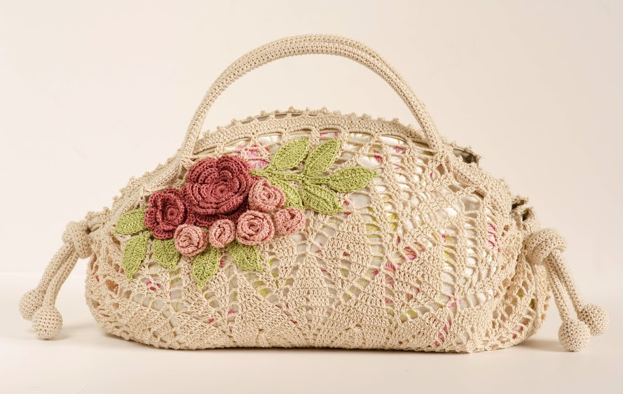 Crochet pattern of a precious bag (5)