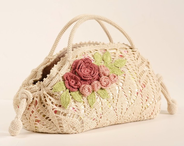 Crochet pattern of a precious bag (6)